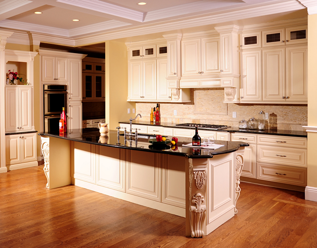 Kitchen cabinets cream maple craftsmen network for Armoire de cuisine en pin