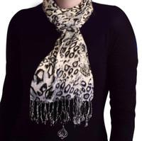 Neck Scarf Leopard style, pashmina