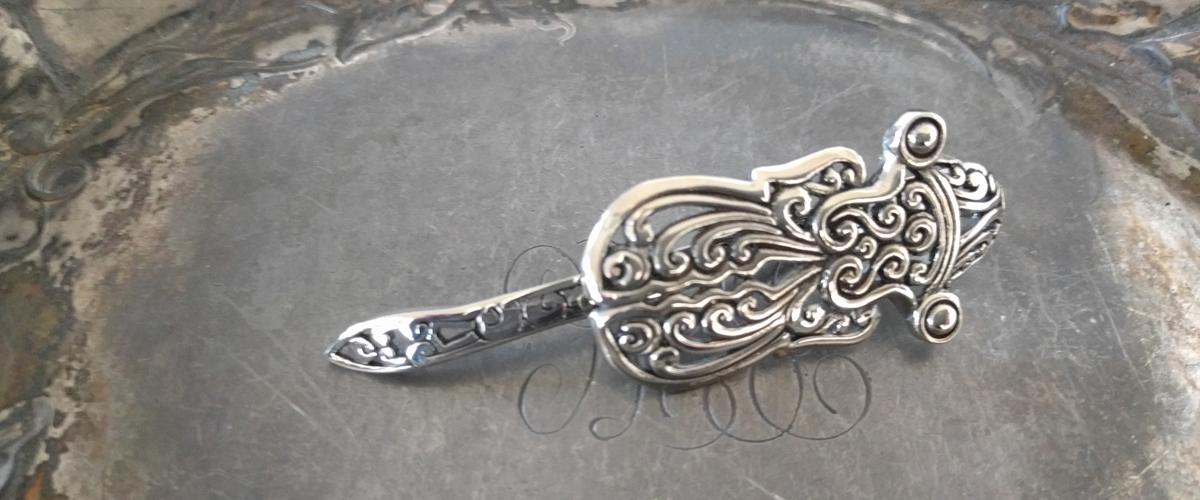 beetle metal shawl pin