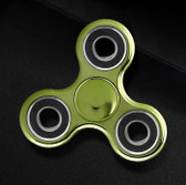 NEW HAND SPINNER GLOWING GREEN TRI-SPINNER EDC FIDGET LUMINOUS PLASTIC ADHD TOYS