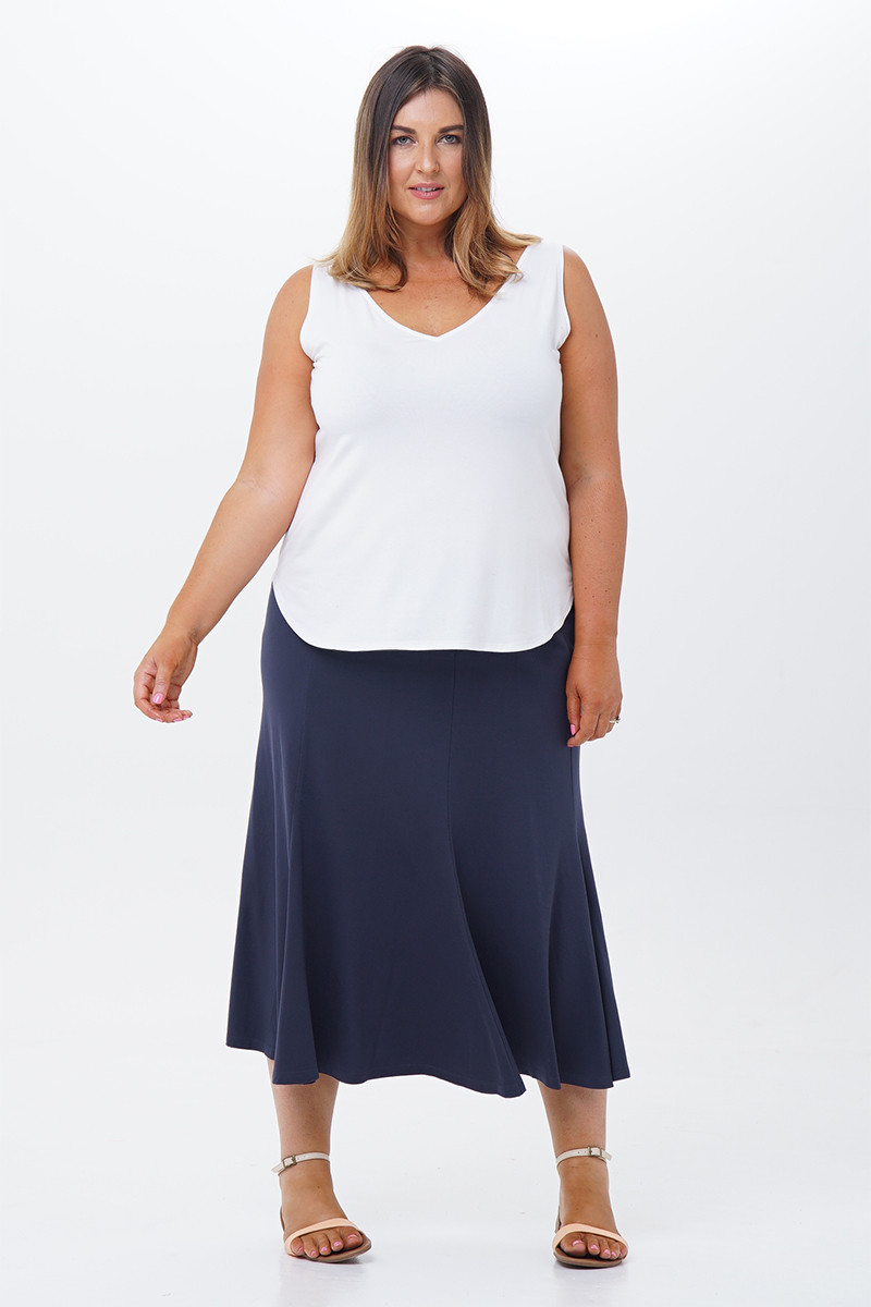 Six-panel skirt-front view