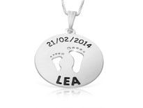 Personalized Mom Necklace Kid's Feet