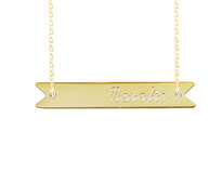 Contigo Engraved Nameplate Necklace