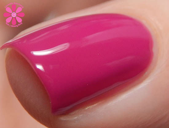 girly-bits-don-t-paddle-break-a-nail-cosmetic-sanctuary2.jpg