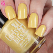 Swatch courtesy of Cosmetic Sanctuary | GIRLY BITS COSMETICS Mon Petit Canard Sweet Nothings Collection