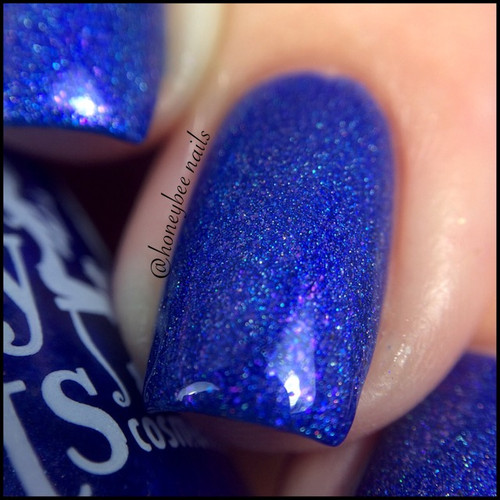Swatch courtesy of @honeybee_nails | GIRLY BITS COSMETICS Dancing in the Moonlight (August 2016 COTM)