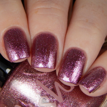 AVAILABLE AT GIRLY BITS COSMETICS www.girlybitscosmetics.com Quicksand (Life Aquatic Collection) by Pahlish