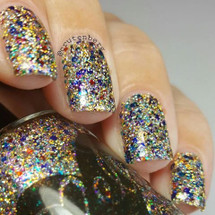 AVAILABLE AT GIRLY BITS COSMETICS www.girlybitscosmetics.com Jewel Encrusted (Bejewele Collection) by Ellagee | Photo courtesy of IG @crutenberg