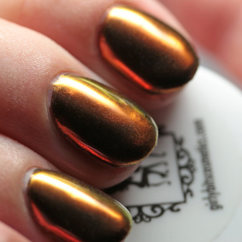 GIRLY BITS COSMETICS Sorcery (SFX Multi-chrome Powder) | Swatch courtesy of The Mani Cafe