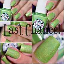 AVAILABLE AT GIRLY BITS COSMETICS www.girlybitscosmetics.com Luck Be The Daisy Tonight - LE (Love & Peace Collection) by Moo Moo's Signatures | Swatch courtesy of @nailartsakura