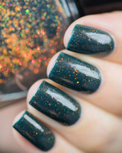 AVAILABLE AT GIRLY BITS COSMETICS www.girlybitscosmetics.com Colour Crush from the Things to Love Trio with Glitterfingersss by Femme Fatale | Swatch courtesy of LakkomLakkom
