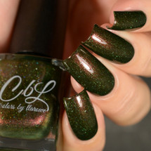 AVAILABLE AT GIRLY BITS COSMETICS www.girlybitscosmetics.com Mean Mr. Grinch (Winter 2017 Collection) by Colors by Llarowe   Swatch courtesy of Delishious Nails