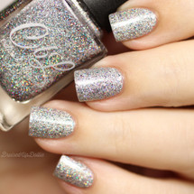 AVAILABLE AT GIRLY BITS COSMETICS www.girlybitscosmetics.com CbL PoTM - Dec 2017 - Home for the Holidays by Colors by Llarowe | Swatch courtesy of @bruisedupdollie