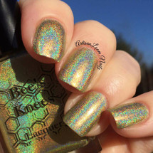 AVAILABLE AT GIRLY BITS COSMETICS www.girlybitscosmetics.com Mistress of Dread (Assassin's Creed Collection) by Bee's Knees Lacquer | Photo credit: @artisanloom.nailz