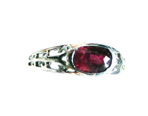 18KT White Gold Ruby Ring