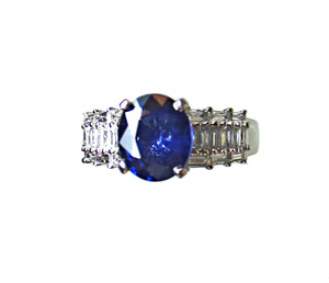 Top Quality Blue Sapphire and Diamond Ring - Best of the Best