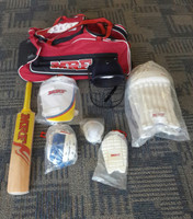 MRF Youth Cricket Set size 4