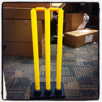 Plastic stumps with heavy rubber base