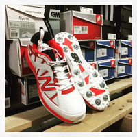 The stylish new AB 10 minimum is the best all rounder shoe from New balance