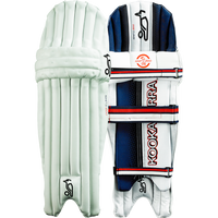 Produced using three separate components, Kookaburra's external knee roll with vertical bolsters generates critical protection and excellent shaping.