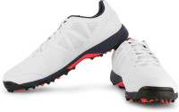 great comfort and rubber sole grip make these cricket shoes great for USA cricket conditions.