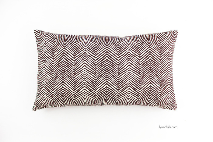 Pillow in Petite Zig Zag in Brown (12 X 20)