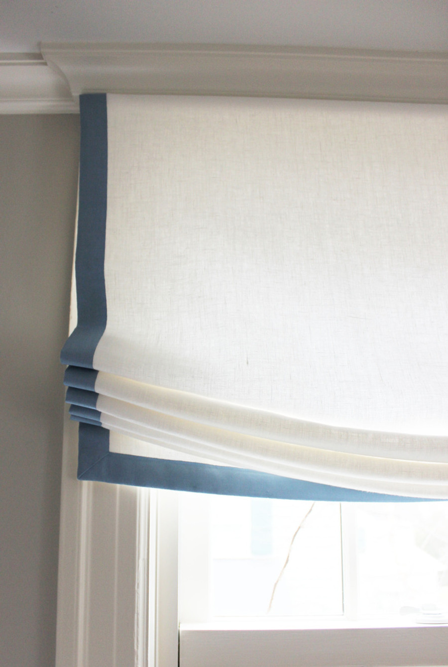 Custom Casual Shade by Lynn Chalk in Kravet Dublin Linen in Bleach with Samuel & Sons Grosgrain Ribbon Trim in Azure