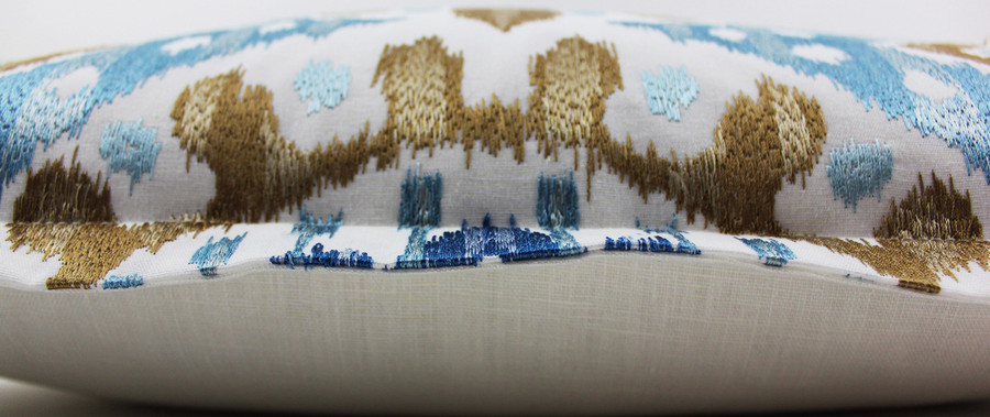 "Cowtan & Tout Manuel Canovas Bella in Ciel (22"" Pillows with 1"" Flange)"