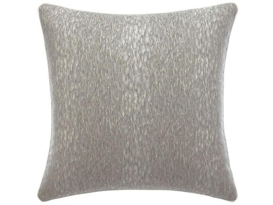 Pillow in Chromis