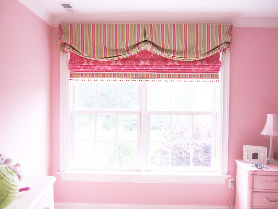 My client wanted a valance and roman shade similar to the one she saw in the magazine that I had done (see thumbnail)  This roman shade has a border that matches the valance and a pom pom trim that has pink, green and white in it.