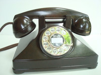 Northern Electric Burled Walnut Bakelite  Pyramid phone