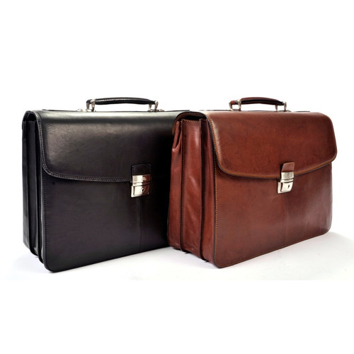 Handmade Italian Leather Briefcase | Group