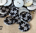 5 Natural Shell Buttons - Water Lily Flower - 2cm