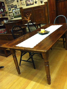 """Reclaimed Wood 72"""" Farn Table with two 15"""" leaves"""