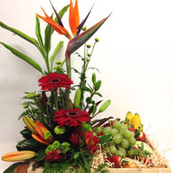 Arrangement with Fruit