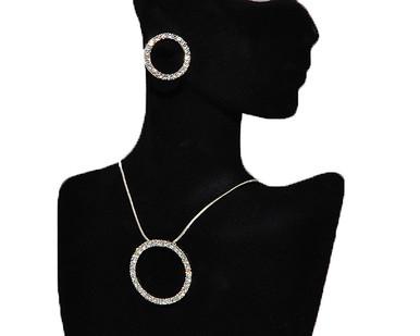 Trendy jewelry necklace earring set Trendy
