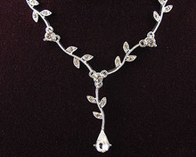 Clear Crystal Pear and Leaf Drop Necklace (Flower)