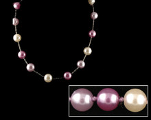 Lavendar, lilac and white pearl necklace. (Purple)
