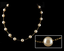 Cream/Champagne color pearl necklace on Gold (8mm)