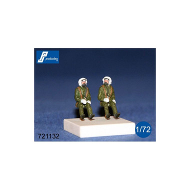 PJ Productions 721132 2x RAF pilots seated in a/c 70s Figures 1:72