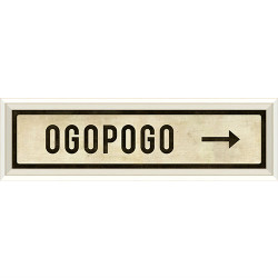 STREET SIGN WHITE - OGOPOGO - RIGHT ARROW