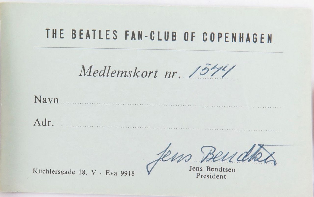 RARE LOT BEATLES MEMORABILIA. SIGNED PHOTO, AUTOGRAPHS FROM THE CAVERN CLUB ETC