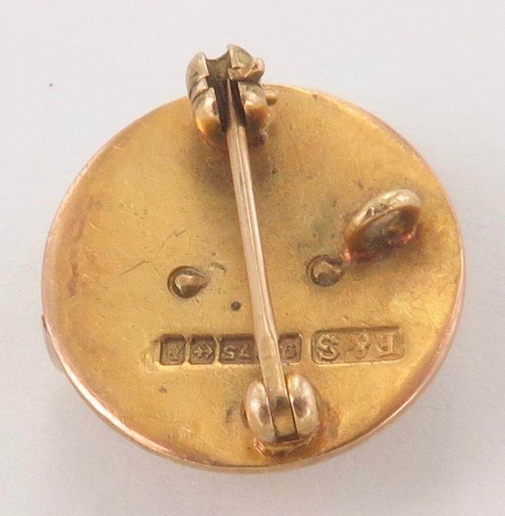 "Scare vintage Avon 9ct English hallmarked gold ""Highest Honour"" brooch"