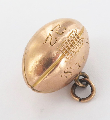 RARE c1922 10CT GOLD LARGISH USA AMERICAN HIGH SCHOOL ENGRAVED GRIDIRON BALL FOB