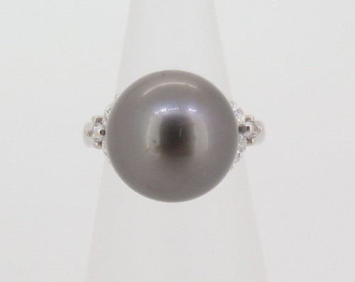 A STUNNING TAHITIAN CULTURED PEARL & DIAMOND SET DRESS RING VAL $3810