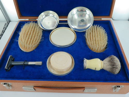 ENGLISH STERLING SILVER MENS TOILETRY SET MADE TO ORDER, VALUATION 2500 POUNDS HARRINGTON BRISBANE WOOLLOONGABBA ANTIQU LUXURY VINTAGE