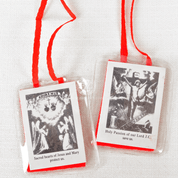 Sacred heart of Jesus Scapular with red wool cloth and red cord sealed in plastic DVSCRD