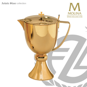 1 and 1 half quart flagon stands 10 and 1 half inches high with 24 karat gold plate finish made in spain byy molina AS4020FLGP