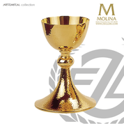 18 ounce chalice hammered gold plate finish stands 8 and 1 half inches high comes with paten made in Spain by Molina AS5230