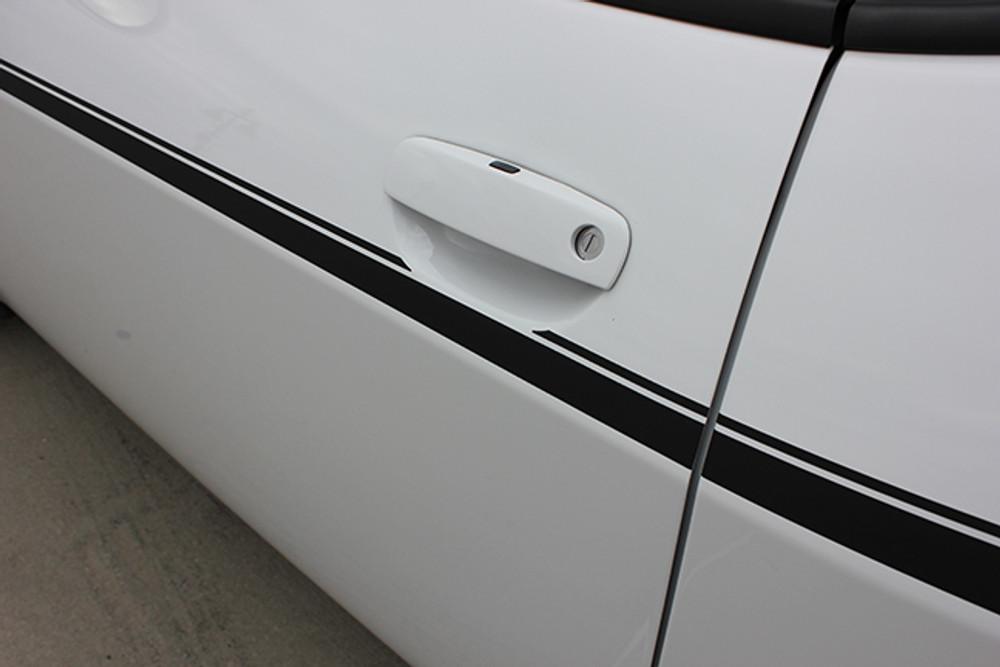 Dodge Challenger SXT Side Stripe Kit Side Close Up